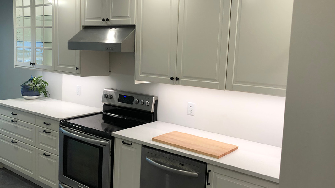 Kitchen renovation project in Burnaby - before/after (before backsplash)